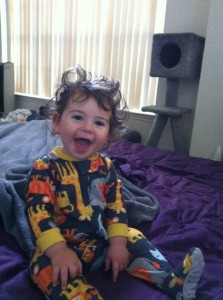 LP woke up all smiles with awesome bedhair